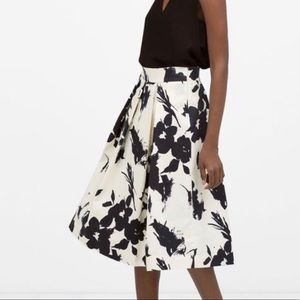 Zara Women Midi Floral Skirt Size XS